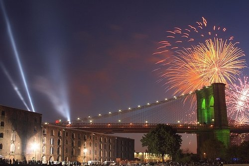 Brooklyn Bridge Fireworks - Photo by look@j