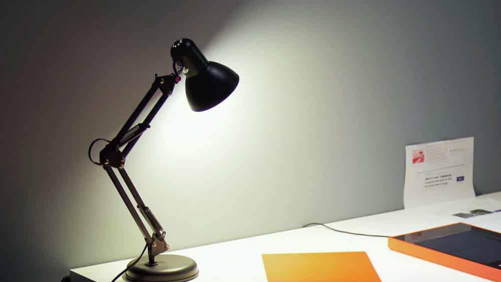 9 Best Desk Lamps For Designers Creatives