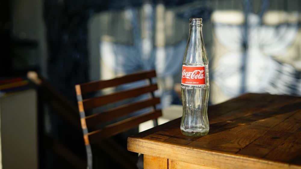 Designing logos - Classic Coca Cola logo